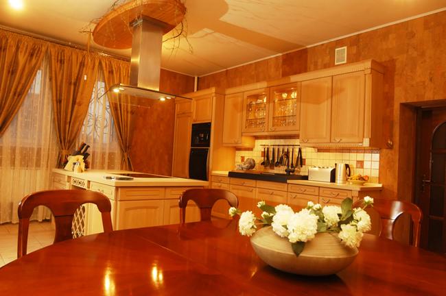 Если вентиляционная система работает правильно, то в квартире создается оптимальный микроклимат и поддерживается нормальный уровень влажности во всех помещениях