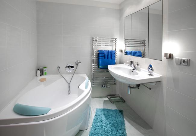 Дизайн ванной комнаты красного цвета
