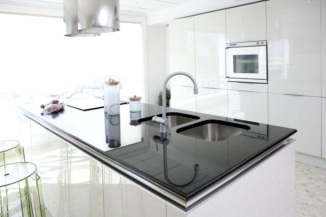 Как правильно установить врезную мойку на кухне