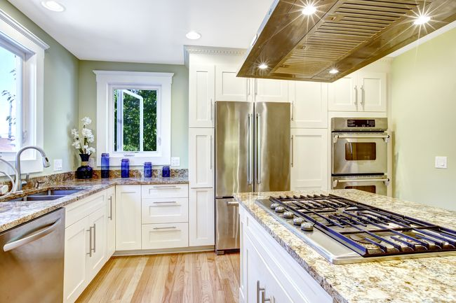 кухня без верхних шкафов как и зачем Pro недвижимость